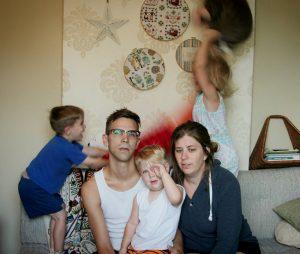 19 Fotos Que Muestran Como Es Una Familia Realmente En Navidad