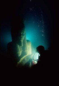Buzos Descubren Una Ciudad Perdida En El Mar Mediterráneo.