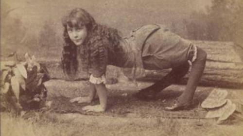 mujer camello